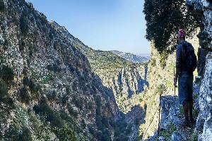 MINOAN PATH - WALKING-TOURS-CRETE